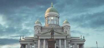 Virtual Helsinki on Suomen pääkaupungin keskustan virtuaalinen kaksoisolento. Tutustu kaupunkiin uudesta kulmasta!