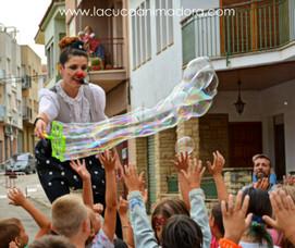 Show de Bombolles amb La Cuca Clown.JPG