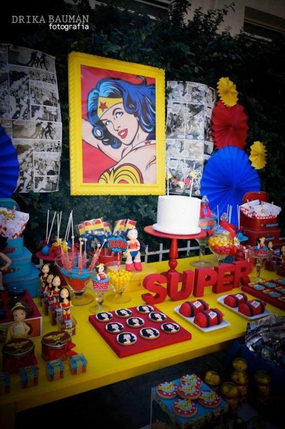 wonder woman decoration, ideas para fiestas infantiles, fiestas infantiles originales, festa infantil, decoração festa infantil, fiestas de cumpleaños, cumple de niñas, cumple de niños, fiestas tematicas