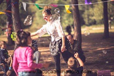 animacion infantil pompas de jabon, espectaculos pompas de jabon, fiesta pompas de jabon, espectaculos pompas de jabon, animacion infantil con burbujas, burbujas gigantes para fiestas, burbujas gigantes barcelona, animador pompas jabon barcelona, cumpleaños pompas de jabon, pompas de jabon para fiestas infantiles barcelona