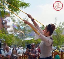 Show de Bombolles amb La Cuca II.jpg
