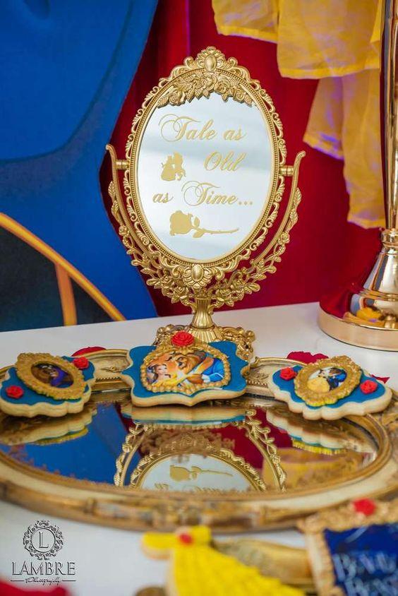 mesa dulce bella y bestia, mesas dulces para cumpleaños infantiles, decoración de fiestas infantiles