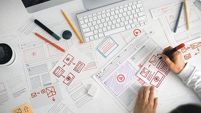 website-designer-creates-sketch-application