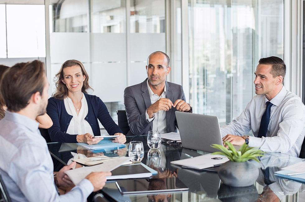 The-10com-executive-team-meeting