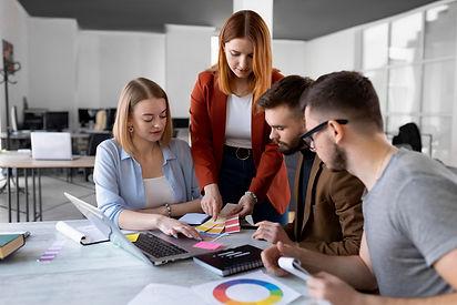 people-brainstorming-work-meeting.jpg