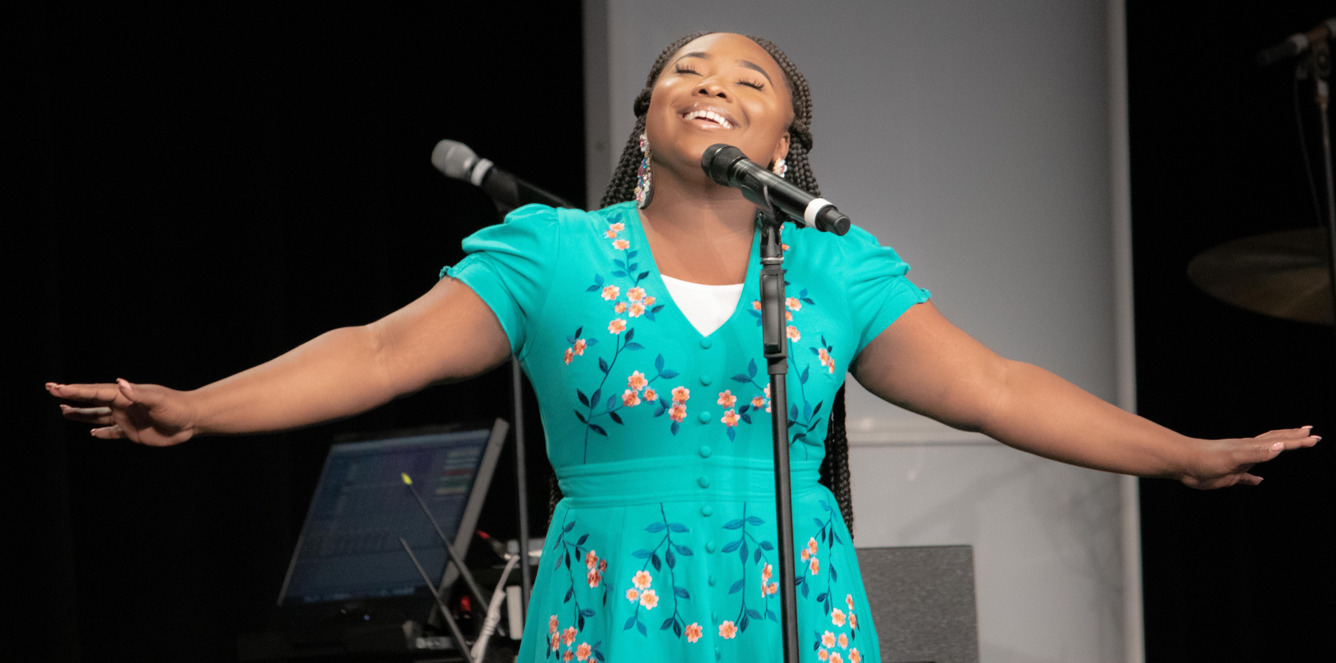 Jekalyn Carr performs