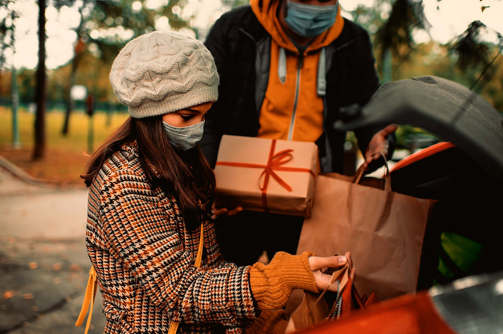 Family_Christmas_gift1.jpg