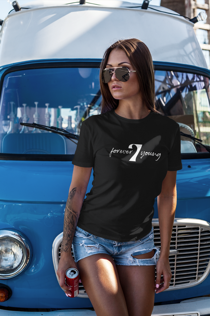 t-shirt-mockup-featuring-a-woman-leaning