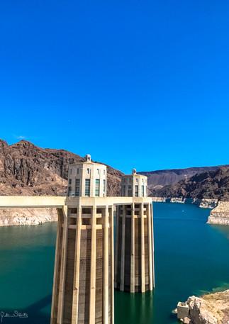 IMG_8952_Hoover Dam_2017.jpg