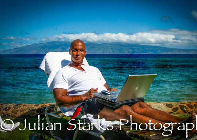 The Coast of Maui, Hawaii_Julian Starks