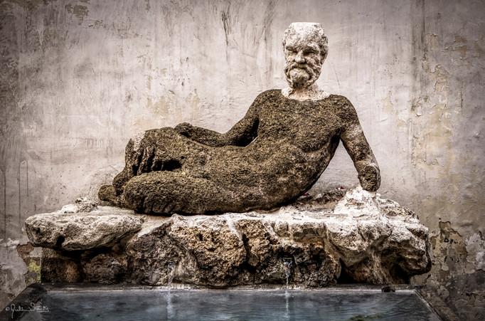 Statues_Rome, Italy_Julian Starks Photog