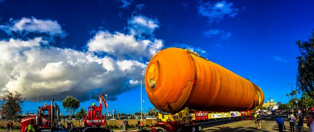 5272_Space Shuttle Tank_Julian Starks Ph