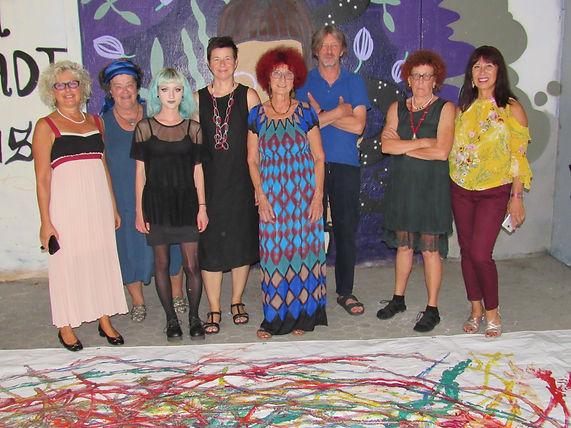 """Tone Schmid und seine Künstlerkolleginnen beim von Renate Christin (Mitte) organisierten Symposium """"On the Road again"""" im Kunstverin Graz 2018, Foto: Florian Sendtner"""