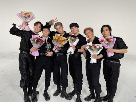 ASTRO впервые после дебюта одержали победу на передаче M COUNTDOWN