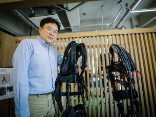 В Южной Корее начали внедрять промышленные носимые роботы стоимостью от 4411 до 6176 долл. США