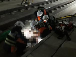 В Южной Корее женщина выпрыгнула из скоростного поезда, движущегося со скоростью 170 км/ч