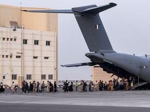 Около 380 эвакуированных афганцев будут доставлены по воздуху в Южную Корею в четверг: МИД ЮК