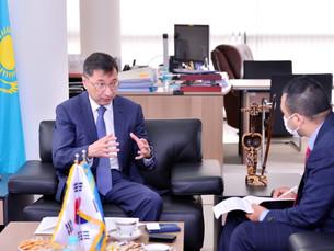 [Интервью] Культурные связи между людьми будут способствовать развитию казахстанско-корейских связей