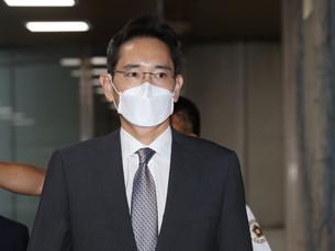 [В фокусе] А вообще Ли Джэ Ён работает в Samsung или нет?