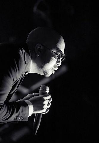 Уильям Борхес Идальго, Уилли Кей, фотография с концерта, биография