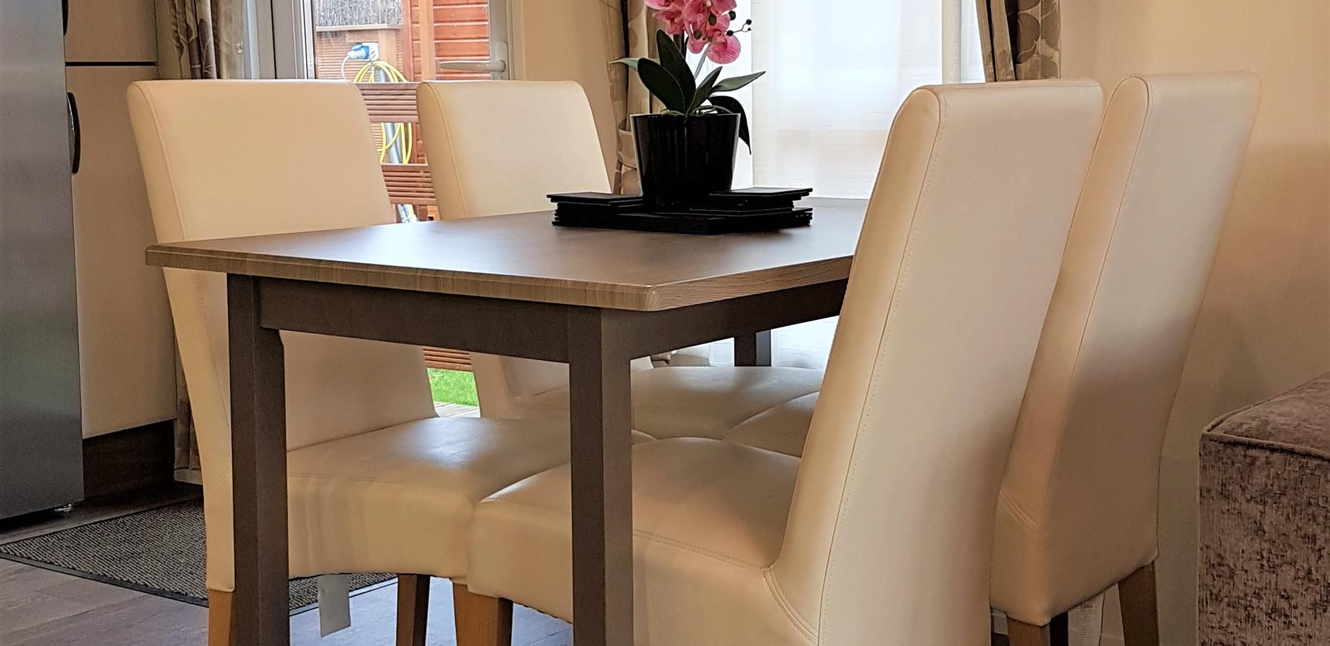 Patricia dining table 2.jpg