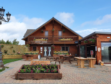 Crazy Horse Saloon is in full Bloom