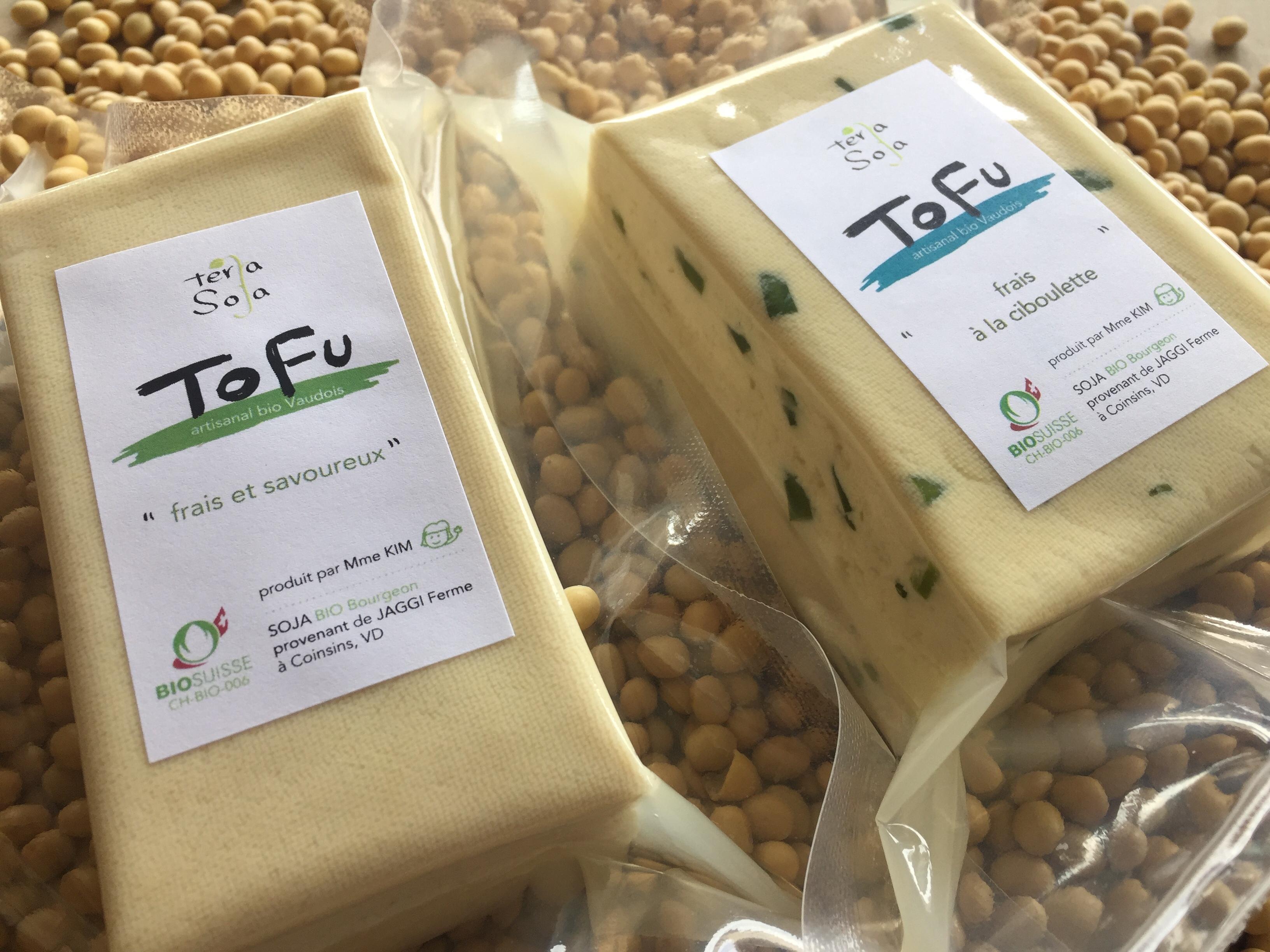 tofu nature et tofu à la ciboulette