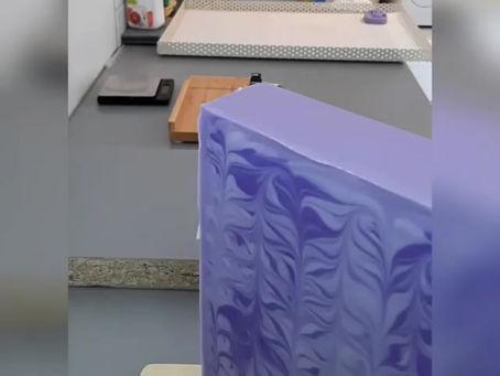 Vom Seifenblock zum Seifenstück