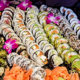 Sushi & seafood Station