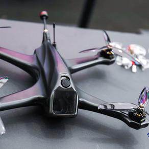 小出新高度 WESG現場驚現能放進口袋的黑鋒無人機