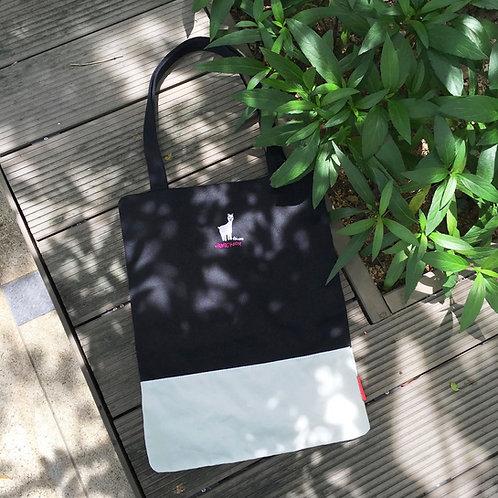 Alvaro Colourblock Tote Bag (Black/ White)