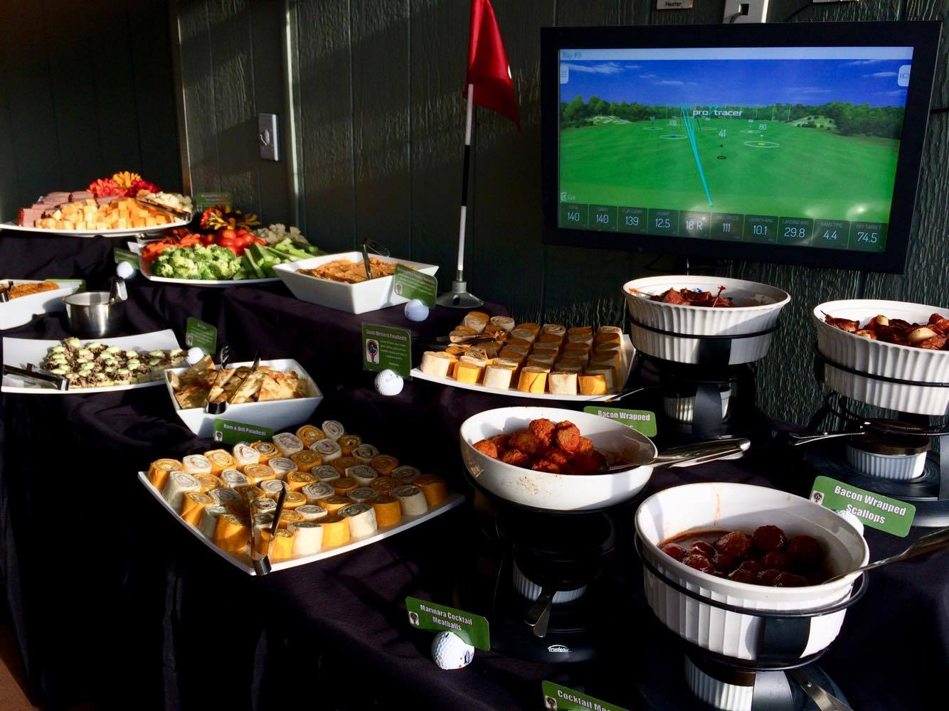 Buffet and TopTracer in the Suites