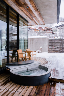 Wiesergut Hot Tub im Winter
