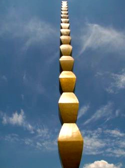 Constantin Brancusi – The Endless column