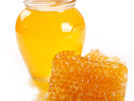 5 Acne Curing Honey Masks You Should Try