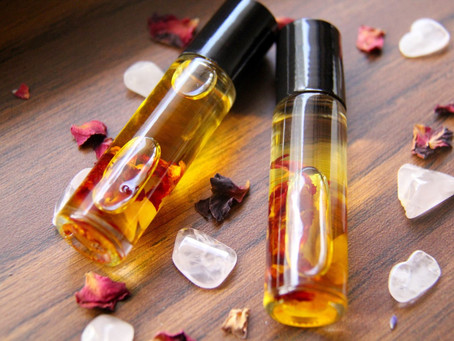 5 Essential Oils You Should Stock Up On