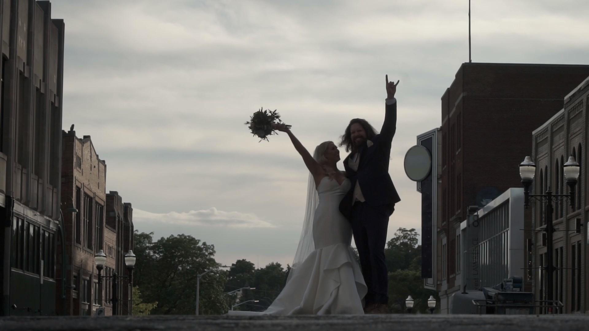 8.10 Wedding Film_Moment.jpg
