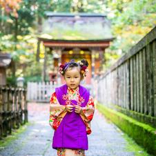 鶴と花(3歳女の子)