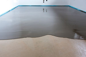 Installation of a polished cement concre