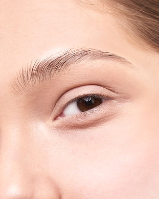 close-up-photo-of-a-woman-s-eyes-3373714