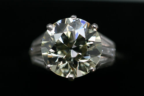 Platinum 'Old Cut' Diamond Solitaire