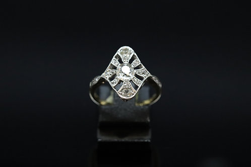 Art Deco 18ct Gold and Diamond Ring