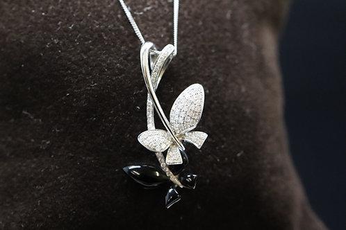18ct Gold Diamond Enamel Pendant