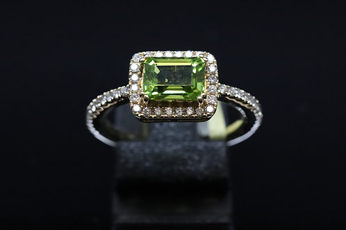Pre-owned Peridot and Diamond 14ct Yellow Gold