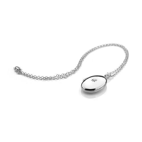Romantic Oval Locket
