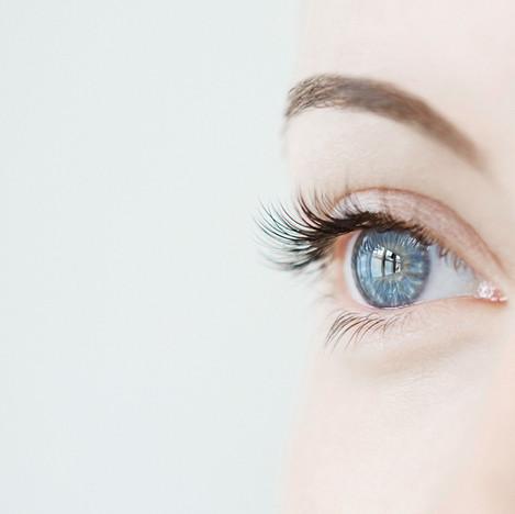 מילוי שקעי עיניים