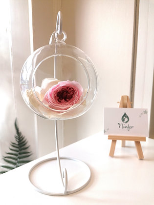 Flower bauble with stand