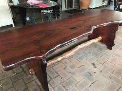 Di's Table