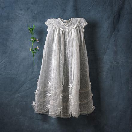 photo-of-white-dress-3552358.jpg