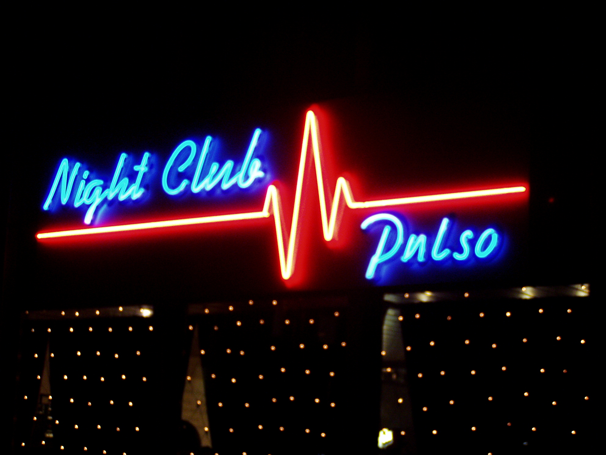 NIGHT CLUB PULSO